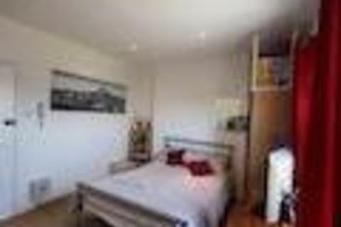 Studio to rent - Mildmay Road, Newington Green, London, N1