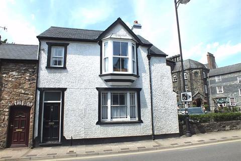 3 bedroom end of terrace house for sale - Bridge Street, Llanrwst