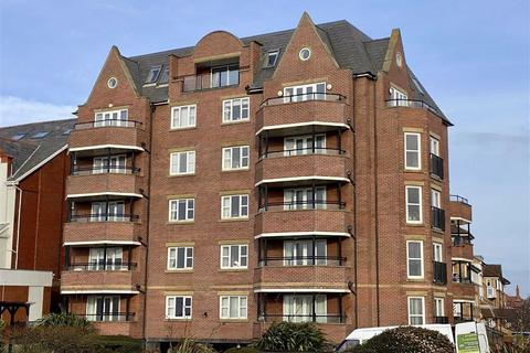 2 bedroom penthouse for sale - Windward House, 73 South Promenade, St Annes