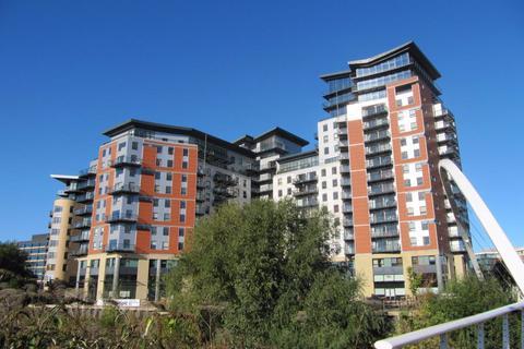2 bedroom apartment to rent - Riverside Way, Leeds, West Yorkshire, LS1