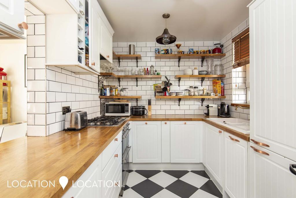27 Trelawney Estate 001.jpg