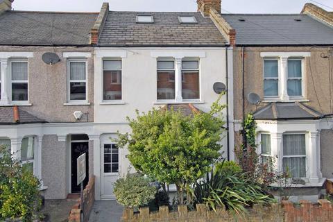 4 bedroom house for sale - Genesta Road, Shooter`s Hill, SE18 3ER