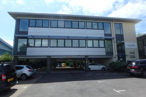 Property to rent - Ampress Lane, Lymington, SO41 8LW
