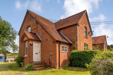 3 bedroom end of terrace house for sale - Old Burghclere, Newbury, Berkshire, RG20