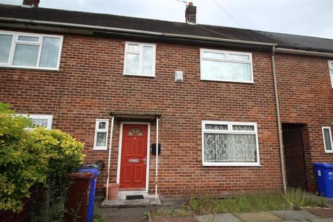 3 bedroom semi-detached house for sale - Greenham Road, Manchester, M23 0JL