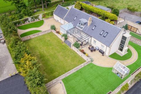 5 bedroom detached house for sale - Little Kellerstain, 8 Gogar Station Road, Edinburgh EH12 9BS