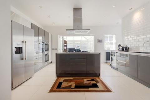 5 bedroom detached house for sale - Little Kellerstain, 8 Gogar Station Road, Edinburgh EH12 9BS
