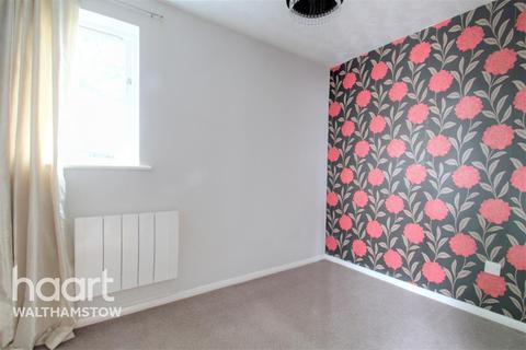 1 bedroom flat to rent - Greenacre Gardens, Walthamstow