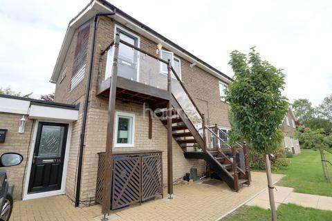 1 bedroom flat for sale - Spiggots Close, Longstanton