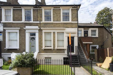 3 bedroom house for sale - Kitcat Terrace, Bow, London, E3