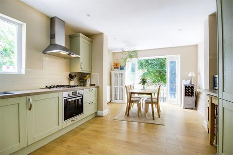 2 bedroom flat for sale - Curzon Road, Muswell Hill, London