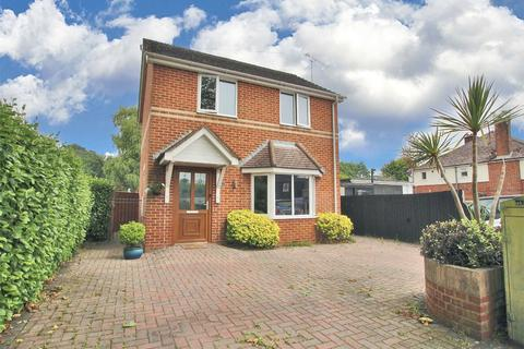 3 bedroom detached house for sale - Livingstone Road, Parkstone, POOLE, Dorset