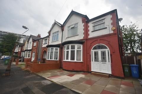 4 bedroom semi-detached house for sale - Barlow Road, Manchester, M32 0RG
