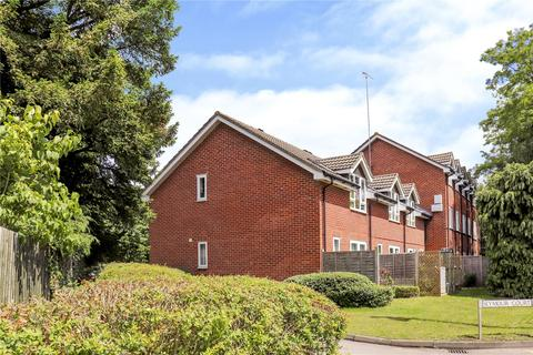Studio to rent - Seymour Court, Crowthorne, Berkshire, RG45