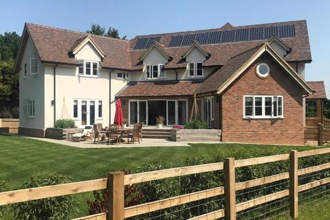 4 bedroom detached house to rent - Horseleas, Southend, Reading