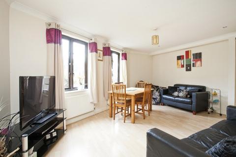2 bedroom flat to rent - Plough Way, Surrey Quays, London , SE16