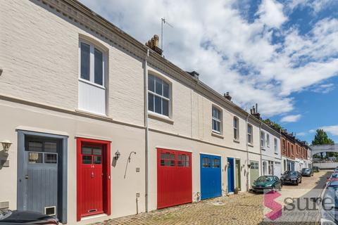 3 bedroom mews to rent - Eaton Grove, Hove , Hove