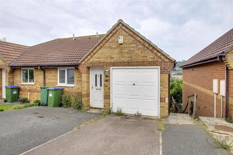 3 bedroom semi-detached house to rent - Anderson Close, Augustfields, Newhaven