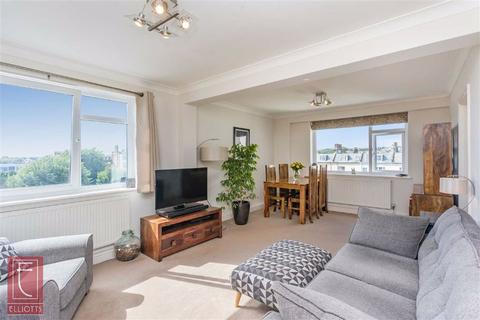 2 bedroom apartment for sale - Grand Avenue, Hove, East Sussex