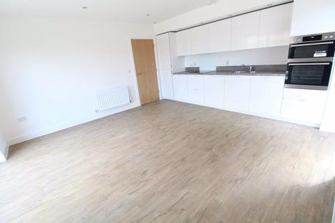 2 bedroom flat to rent - Two bedroom apartment Brooklands Court p10590