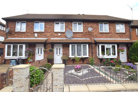 3 bedroom terraced house for sale - Boultwood Road, Beckton