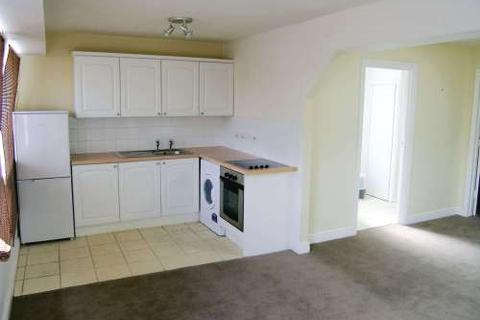 2 bedroom flat to rent - The Square, Kenilworth