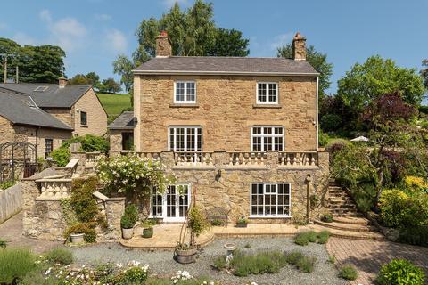 3 bedroom detached house for sale - Llanasa, Flintshire