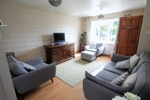 3 bedroom semi-detached house for sale - Camellia Crescent, Norton