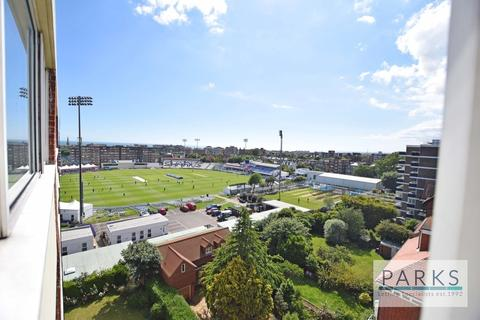 2 bedroom apartment to rent - Cromwell Road, Hove, BN3