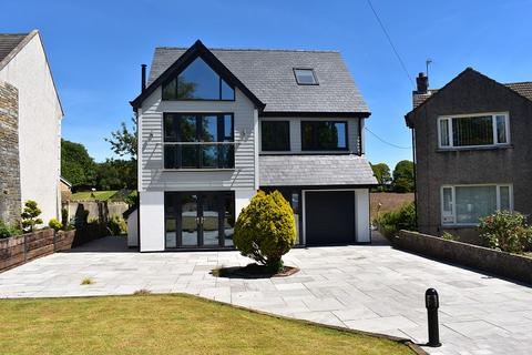 5 bedroom detached house for sale - The Square, Laleston, Bridgend. CF32 0HT