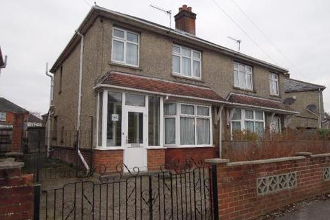 3 bedroom semi-detached house to rent - Lilac Road SO16