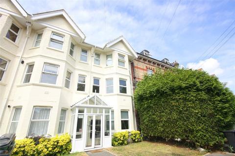 2 bedroom flat to rent - Catriona House, 19-21 R L Stevenson Avenue, Bournemouth, Dorset, BH4