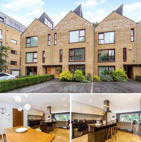 4 bedroom terraced house for sale - Kings Mill Way, Denham, Uxbridge, Middlesex, UB9
