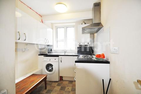 3 bedroom apartment to rent - Deptford Broadway, London, SE8