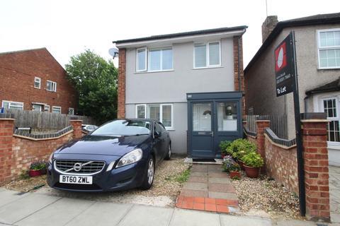 3 bedroom detached house to rent - Standard Road Bexleyheath DA6