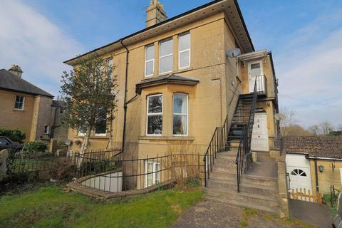 2 bedroom apartment to rent - North Road, Bath