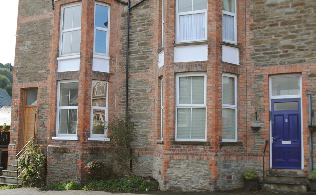 1 Bedroom Flat for sale in Cross Street, Lynton