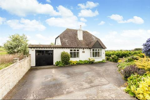 3 bedroom detached house for sale - Two Hedges Road, Woodmancote, Cheltenham