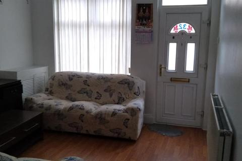3 bedroom terraced house to rent - Down Street, Leicester