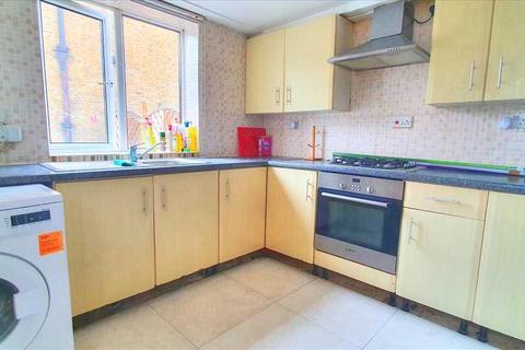 4 bedroom end of terrace house to rent - Peabody Estate, Lordship Lane, Tottenham