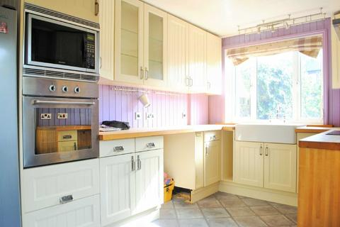 3 bedroom semi-detached house to rent - Ramsgate