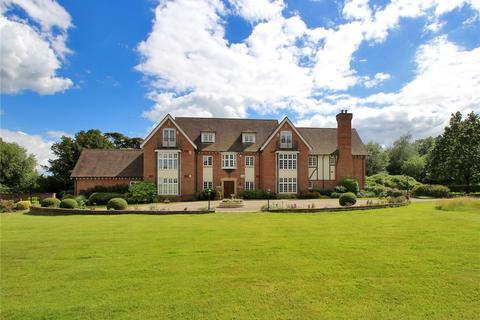 3 bedroom apartment for sale - Hall House, Moor Hill, Hawkhurst, Kent, TN18