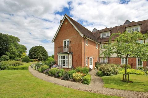 3 bedroom apartment for sale - Hall House, Moor Hill, Hawkhurst, Kent, TN18
