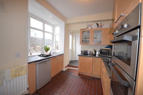 5 bedroom terraced house to rent - St. John Street, Hanley