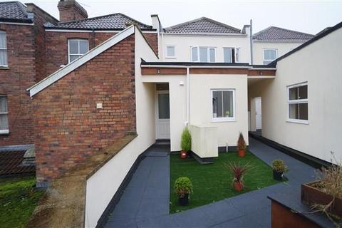 2 bedroom apartment to rent - Guinea Lane, Fishponds, Bristol, Bristol, BS16 2HB