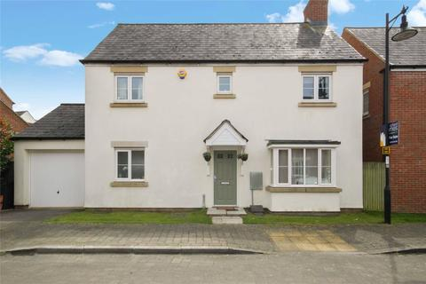 4 bedroom detached house to rent - Tuscan Road, Redhouse, Swindon, Wiltshire, SN25