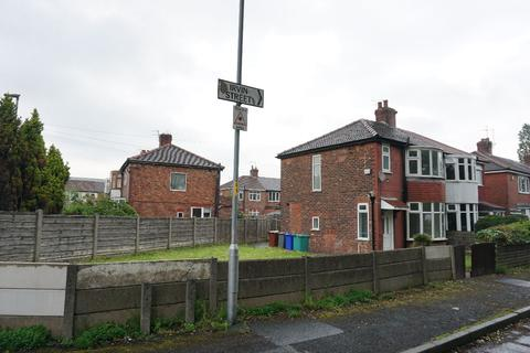 3 bedroom semi-detached house to rent - Irvin Street, Moston, M40