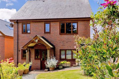 3 bedroom detached house for sale - Smiffy's Den, 2, Maes Capel, Y Fan, Llanidloes, Powys, SY18