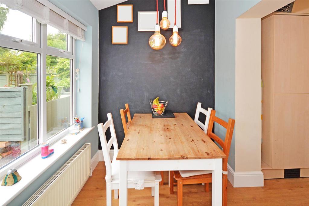 New breakfast room.jpg