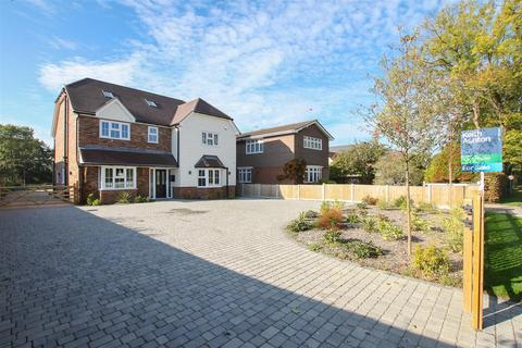 5 bedroom detached house for sale - Wyatts Green Road, Wyatts Green, Brentwood